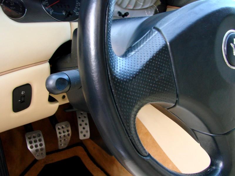 Rénovation des cuirs de ma 3200 GT Assetto Corsa DSC08965